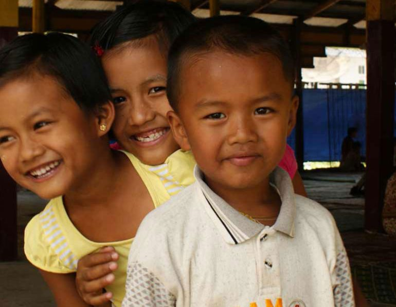 Enfants de Birmanie